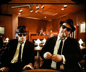 The Blues Brothers chill in on set